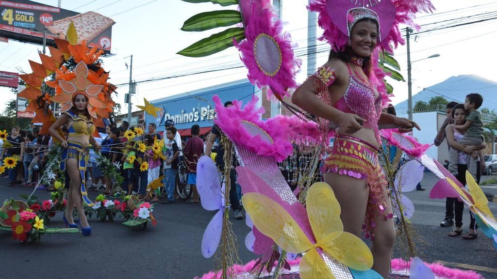 Desfile de Correo de San Miguel