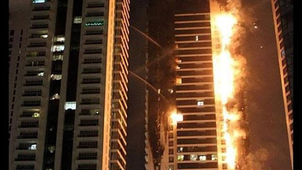 ctv-xmd-incendio-torch-tower-dubai