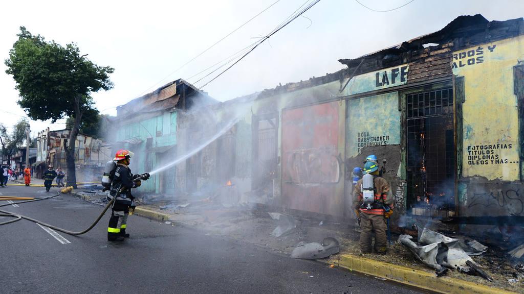 Incendio en centro de San Salvador