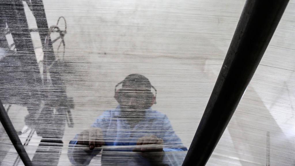 ANTE EL ASEDIO, LOS REBELDES SIRIOS FABRICAN SUS PROPIOS SUMINISTROS M?DICOS