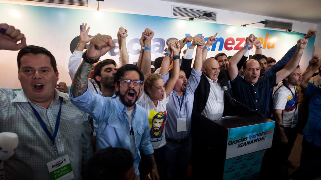 Oposición venezolana celebra triunfo electoral