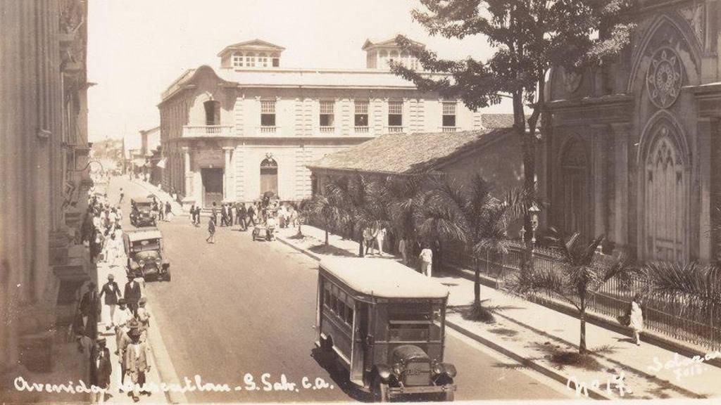 Avenida Cuscatlán