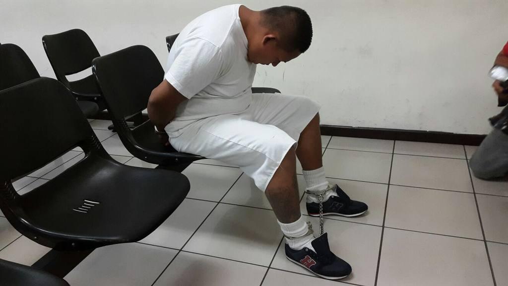 Carlos Oswaldo Alvarado, acusado