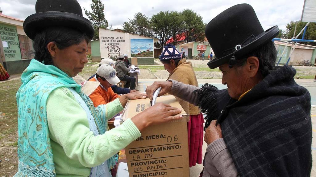 Bolivia vota en referéndum