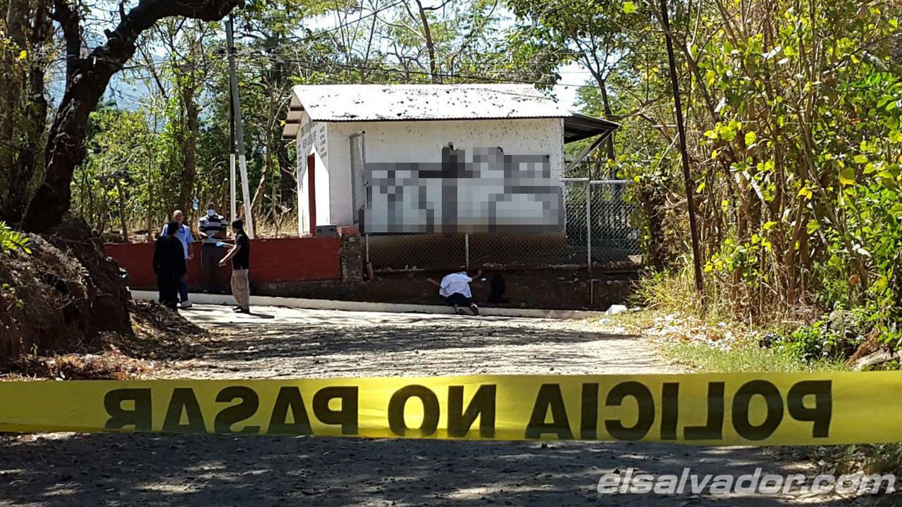 Día violento en El Salvador