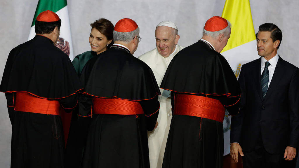 Enrique Pena Nieto, Pope Francis, Angelica Rivera