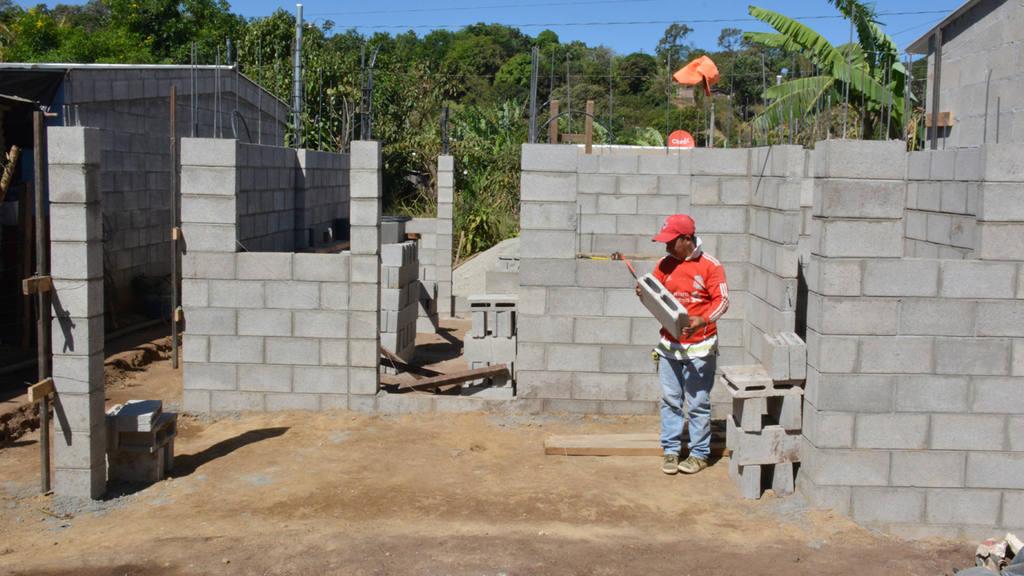 """Hábitat para la Humanidad concluyó el proyecto denominado """"Getsemaní es mi hogar"""", en la colonia del mismo lugar, del cantón Los Magueyes, de Ahuachapán."""