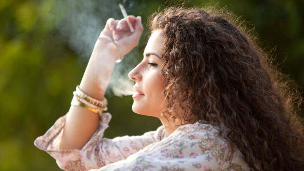 Fumar podría ocasionar labio leporino