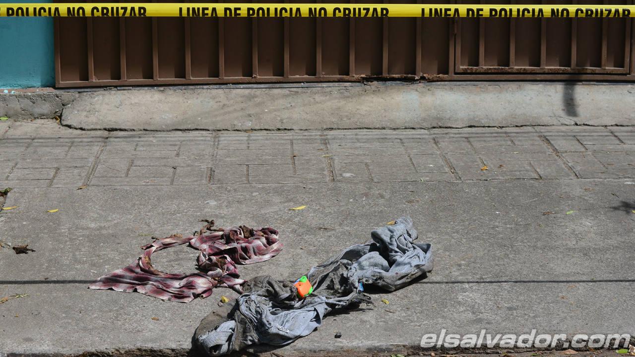 Dos pandilleros muertos y al menos cinco policías resultaron lesionados