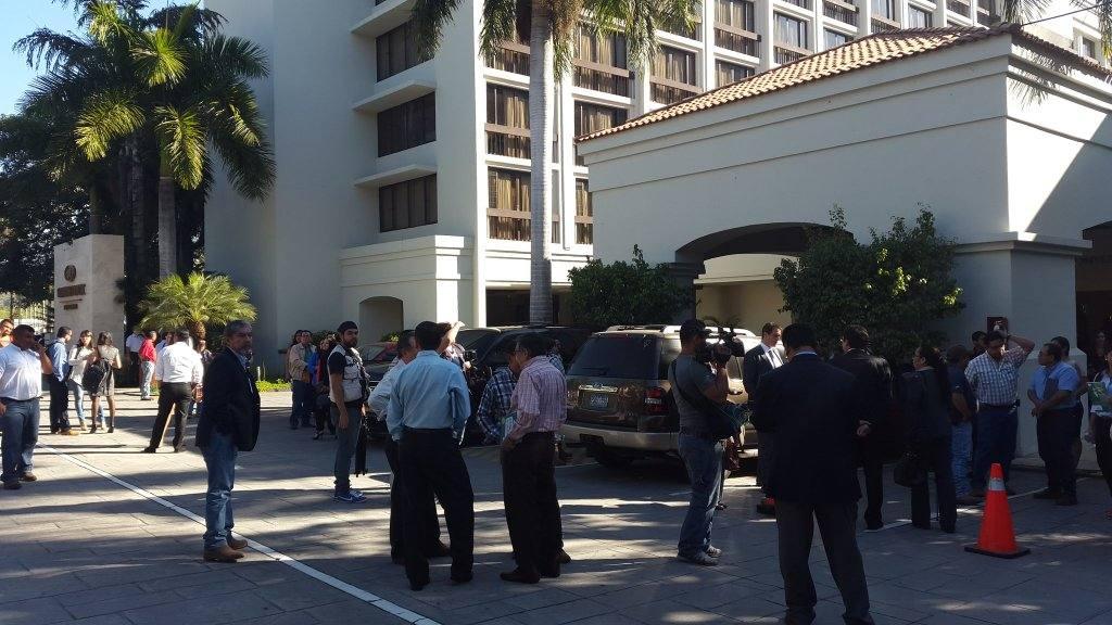 Evacuación en hotel Crowne Plaza