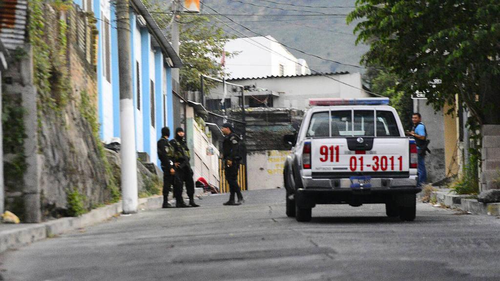 4 muertos en enfrentamiento pnc en comunidad Quiñonez. Operativo policial.