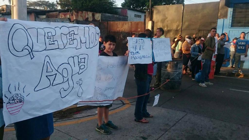 Protesta por falta de agua