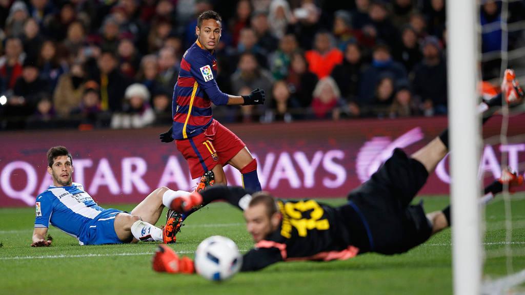 Neymar, Pau Lopez