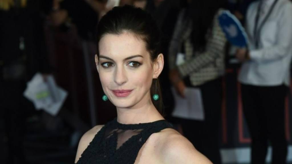 Anne Hathaway publica una linda foto de su embarazo en Instagram