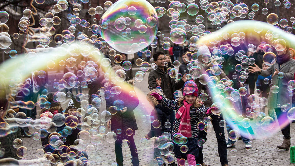 Bubbles in the mild Cologne air