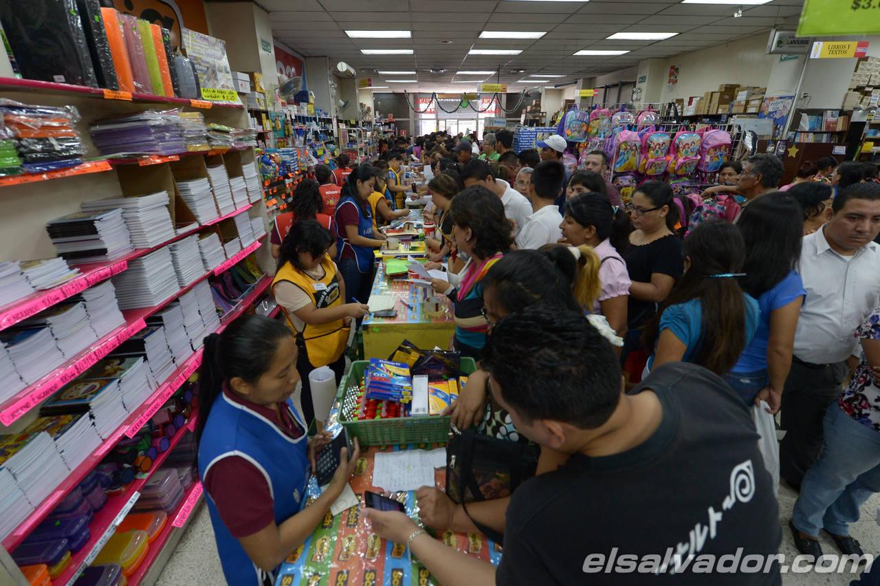 a?o escolar, venta ?tiles scolares, librer?a Aranda, calle Ruben Dar?