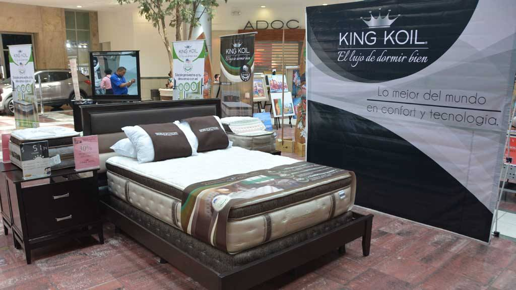 La Curacao presentó la línea de lujo de camas King Koil | elsalvador.com