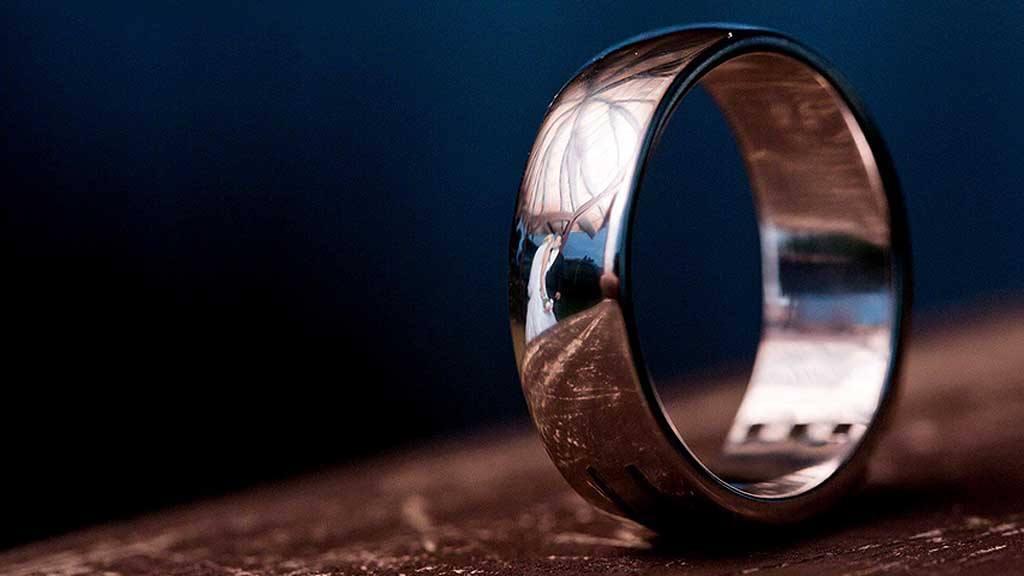 Boda reflejadas en anillos