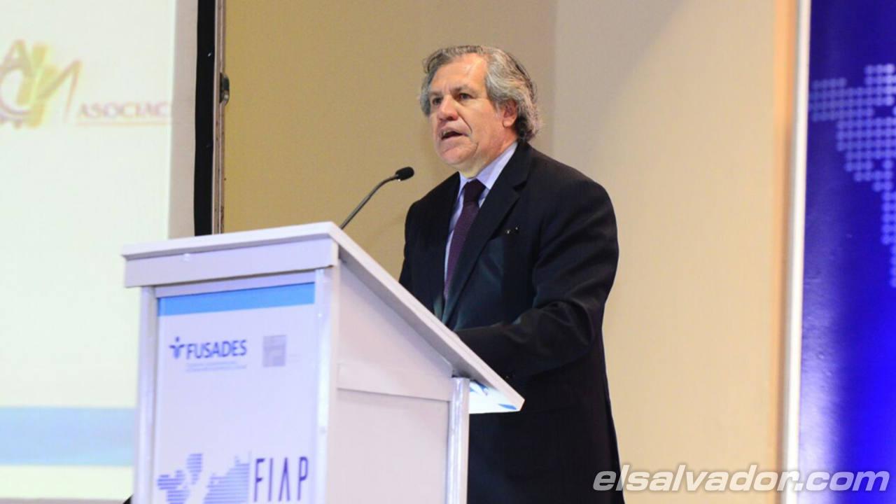 El secretario de la OEA, Luis Almagro, durante la ponencia en el evento.