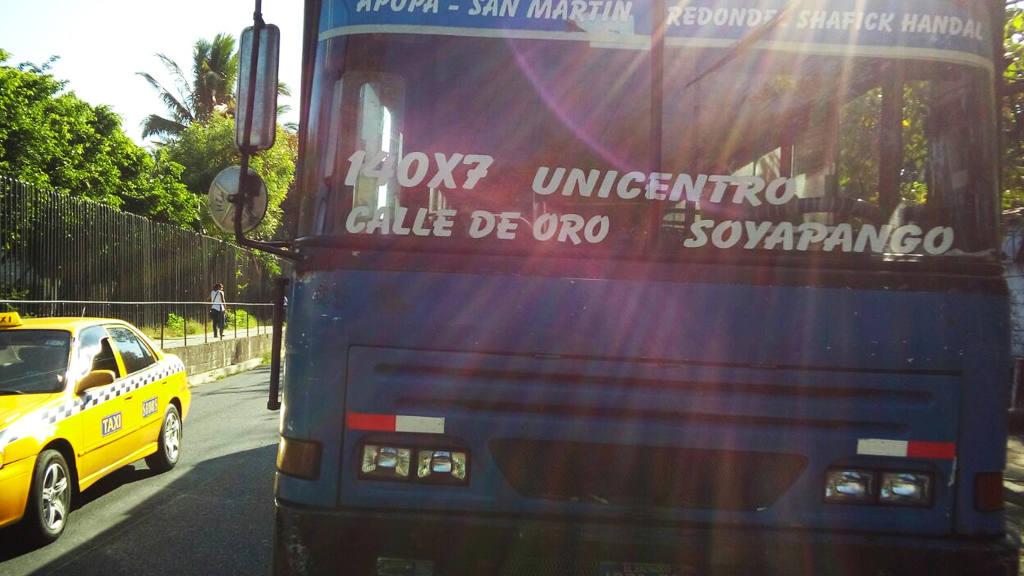Asalto bus de la ruta 140x7