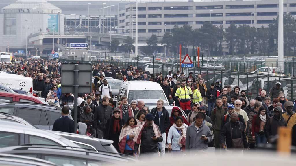 Confirman al menos 21 muertos y 35 heridos en los atentados de Bruselas
