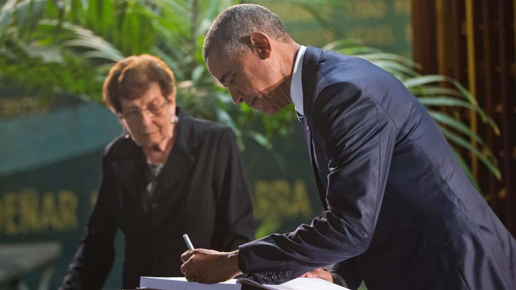 Barack Obama, Eva Diaz Torres