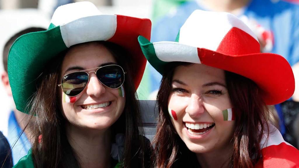 Italia se clasificó a cuartos de final