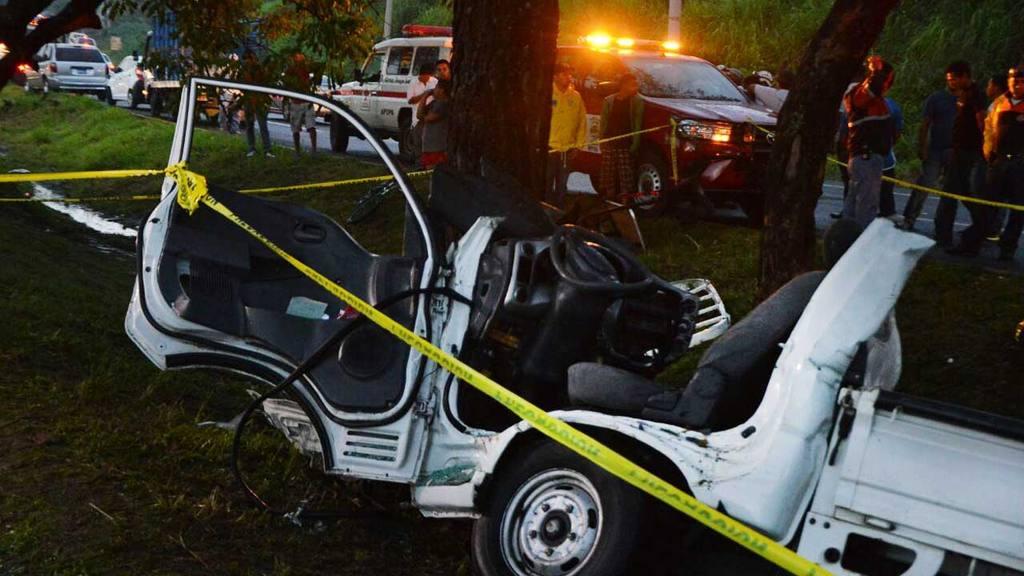 Accidente de Tránsito,  carretera a Santa.