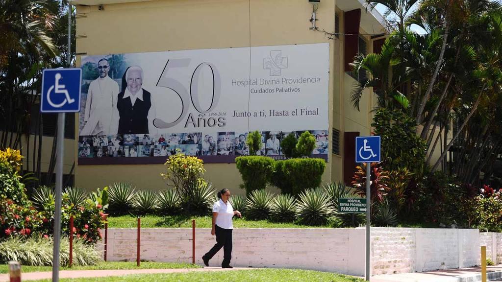 Hospital Divina Providencia, Cancér, precariedad, pobreza