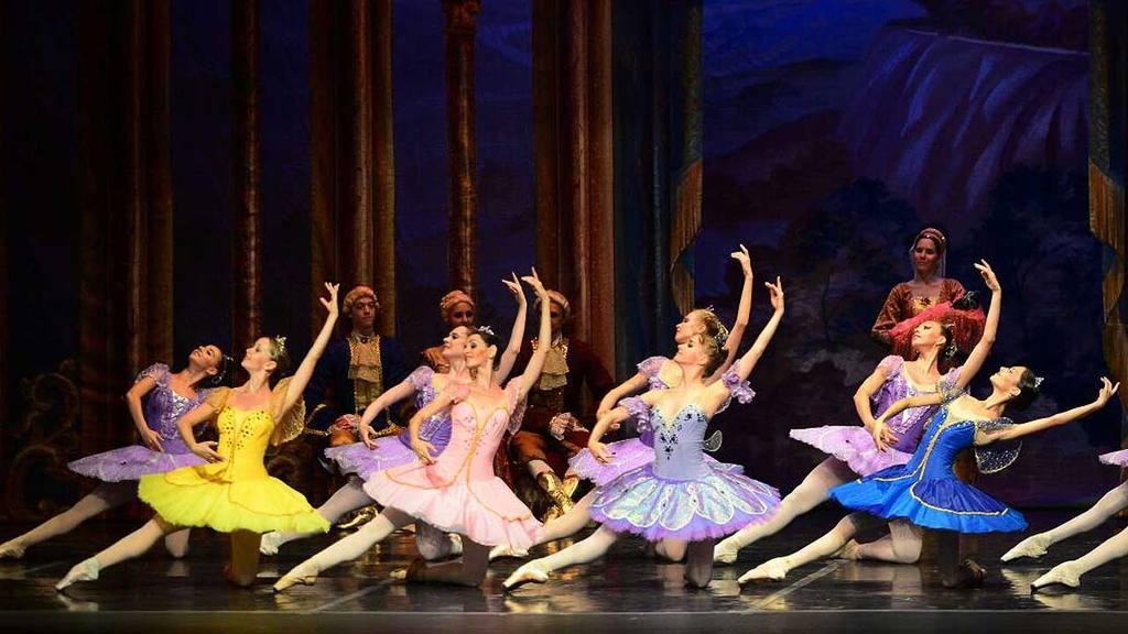 Ballet ruso hechizó con su Bella Durmiente