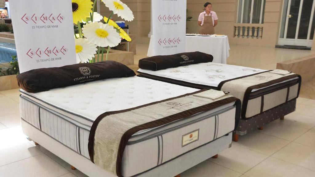 Almacenes Simán ofrece la nueva línea de camas de lujo Stearns ...