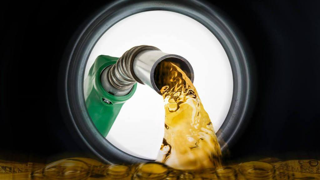 Sube nuevamente el precio de la gasolina