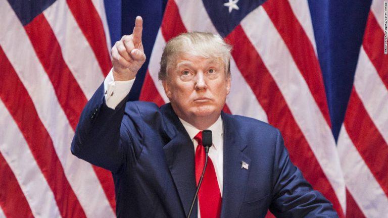 Trump dice que no cambió su posición sobre inmigración