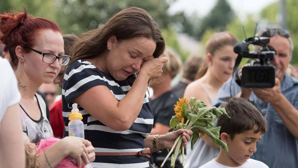 Velas y flores por víctimas de Munich