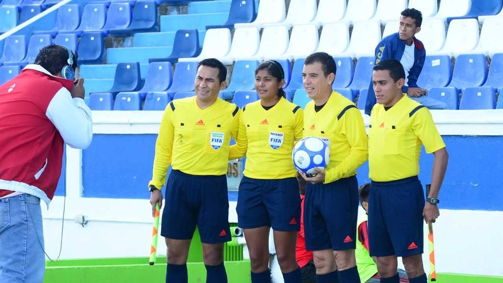 Mujeres árbitros