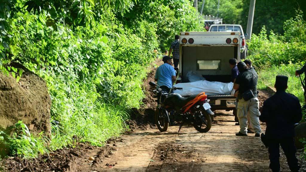Teotepeque; homicidio, 100 más buscados