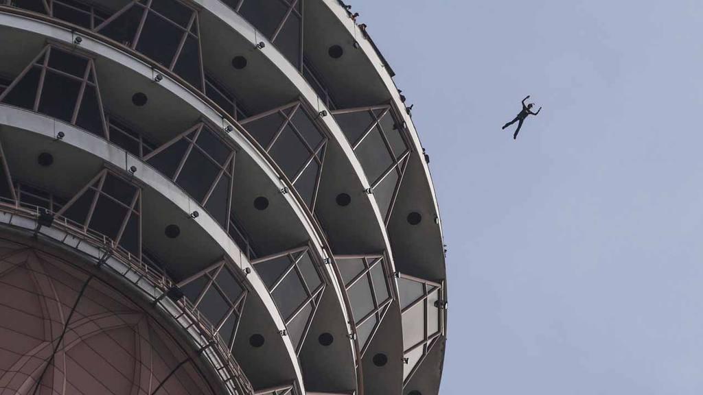 Salto Internacional Anual de la Torre KL