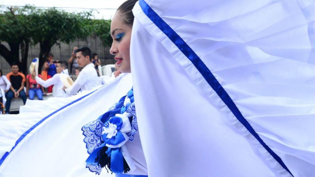 Desfile del 15 de septiembre en San Salvador