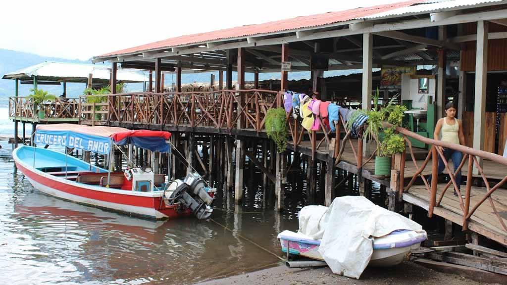 Lago de Coatepeque, contaminación