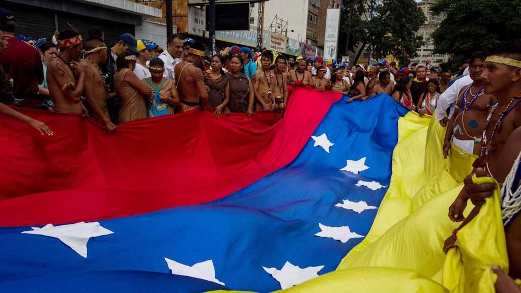 Marcha de opositores en Caracas