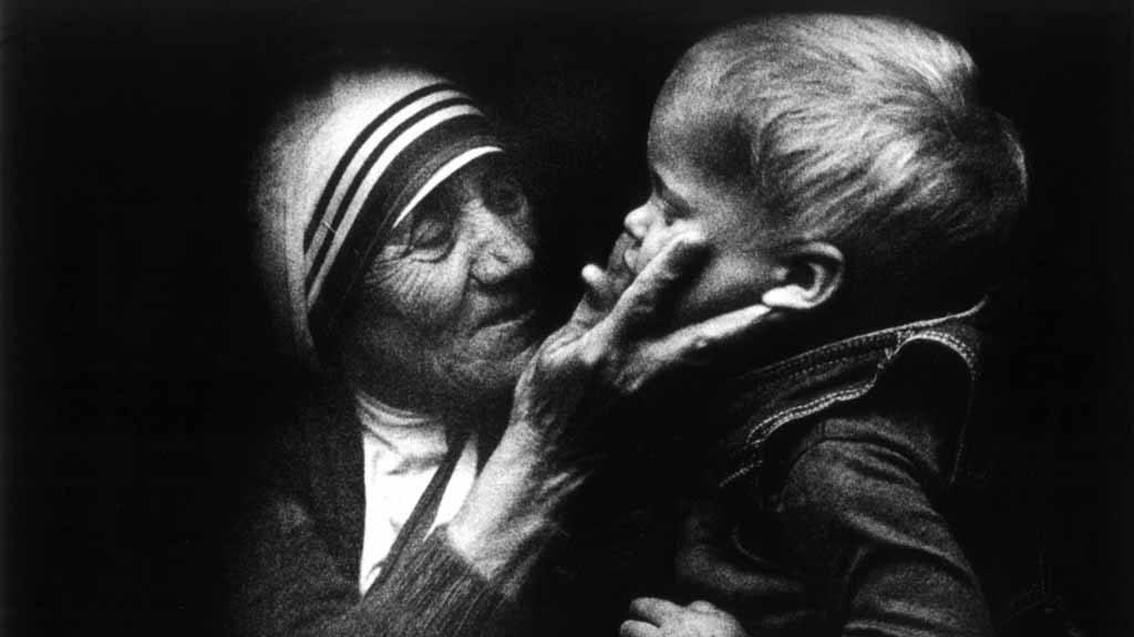 Madre Teresa de Calcuta, Canonización