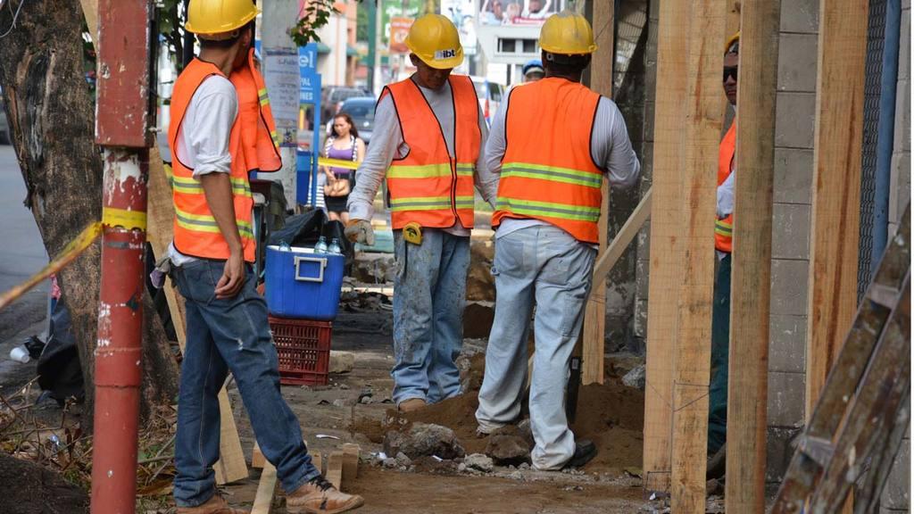 Construcción nuevo ISSS San Miguel