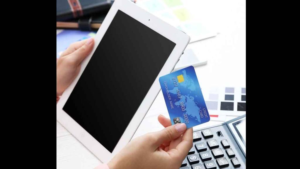 Banca electrónica, tarjetas de crédito