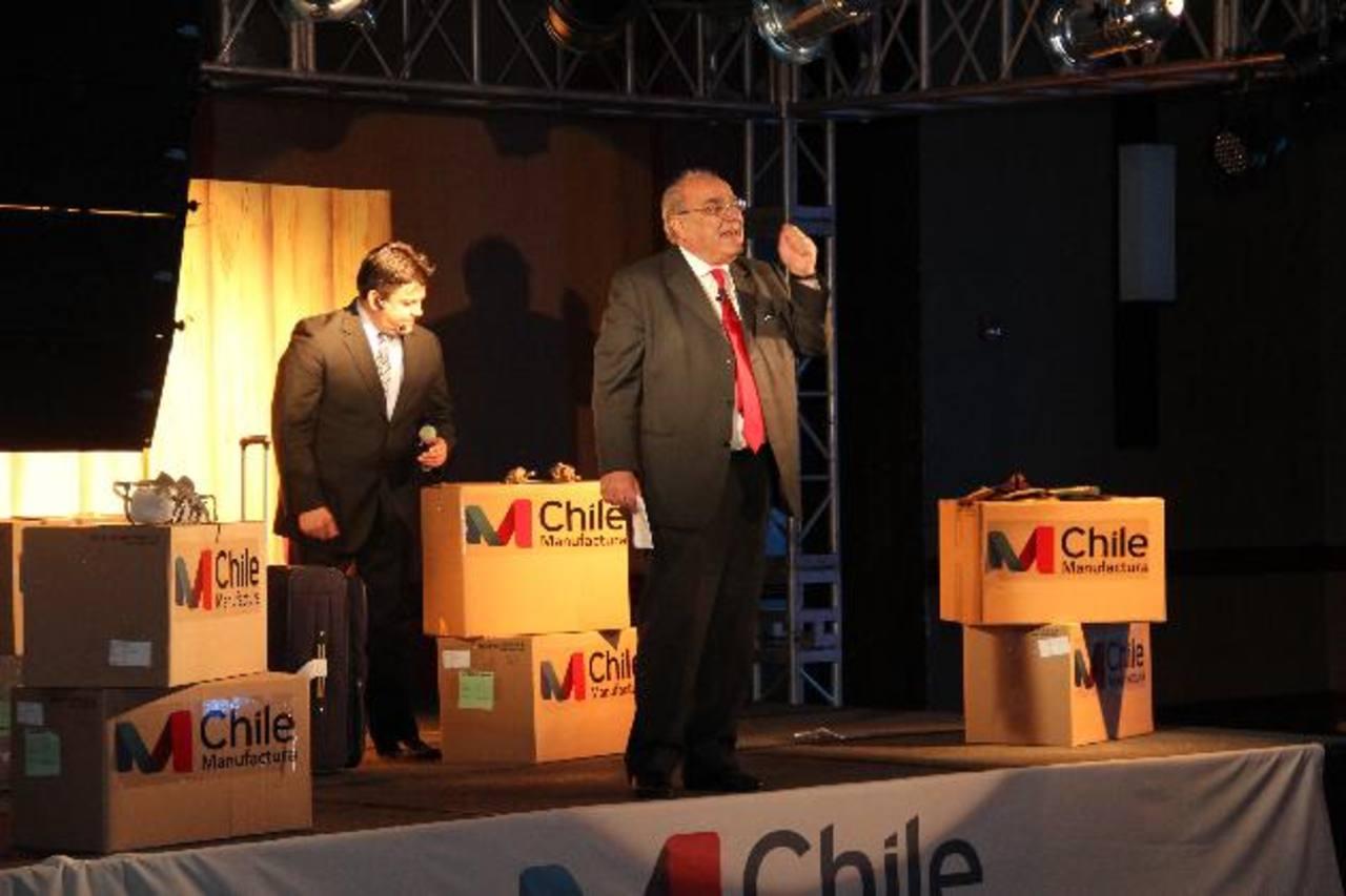 El presidente de Asexma, Roberto Fantuzzi, en la inauguración del foro de negocios. Foto EDH Empresarios chilenos y del área centroamericana se reunieron para aprovechar las ruedas de negocios en busca de nuevos y mejores opciones de negocios. Foto E