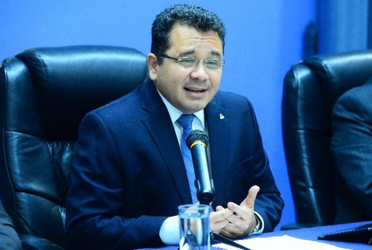 Jorge Daboub es el presidente de la ANEP.