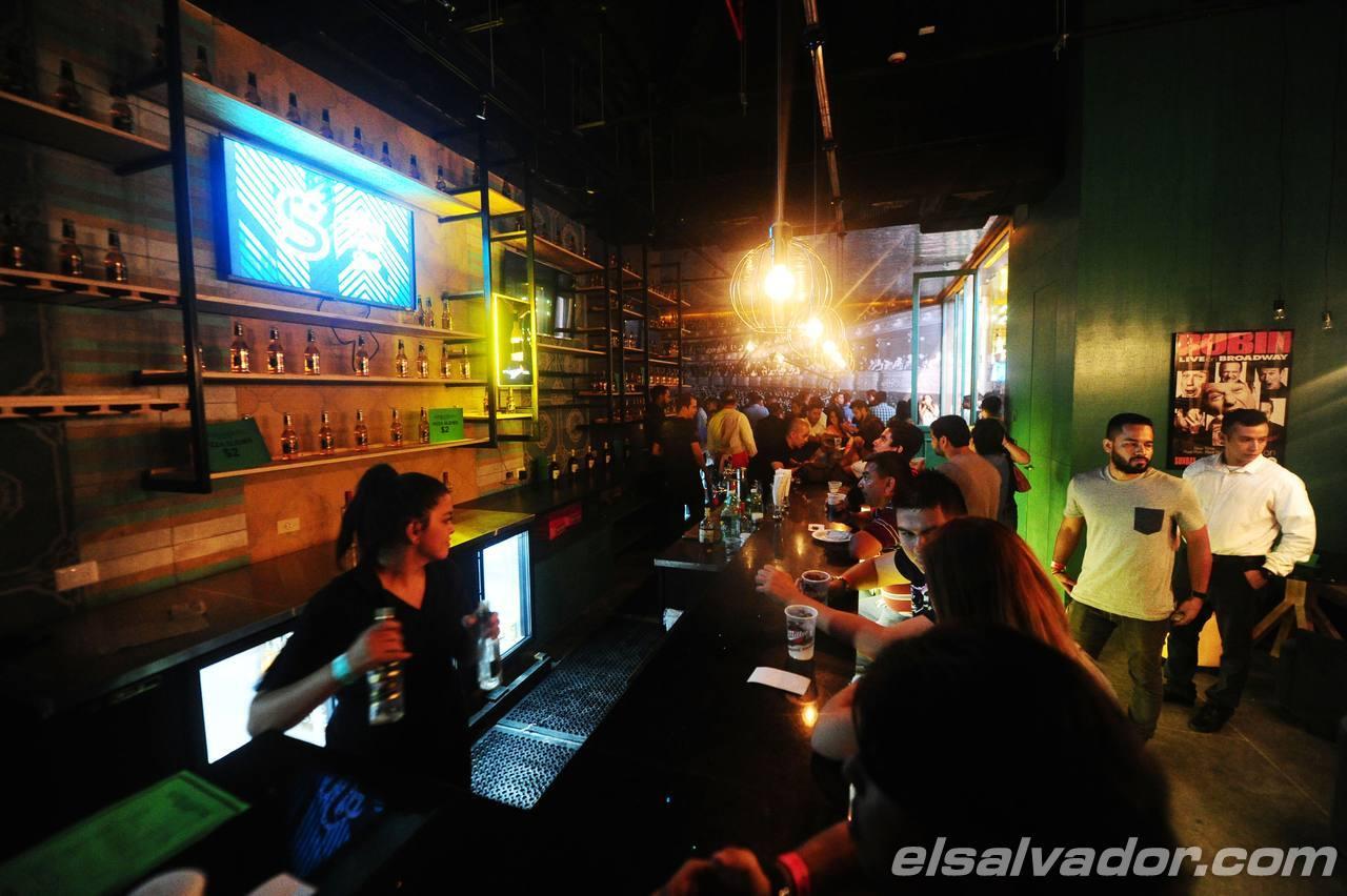 Scenarium, restaurante y bar. El Salvador