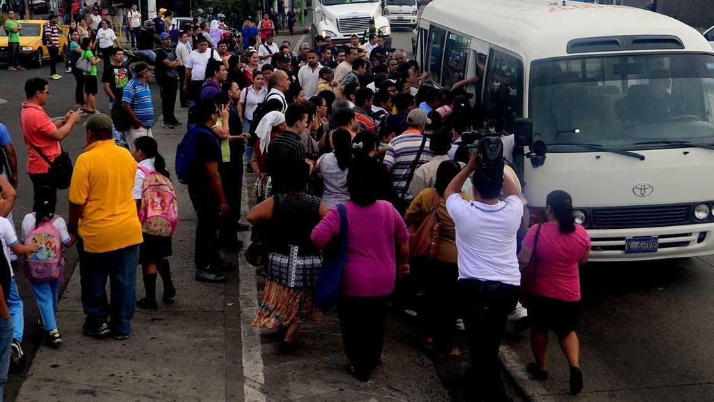 Segundo día de paro del transporte público.
