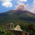 Emanasiones de gases y humo en Chaparrastique