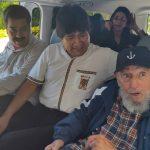 Fidel Castro (1o. a la derecha)