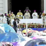 Jeraracas de la iglesia católica celebraron la Santa Misa en honor al Divino Salvador del Mundo